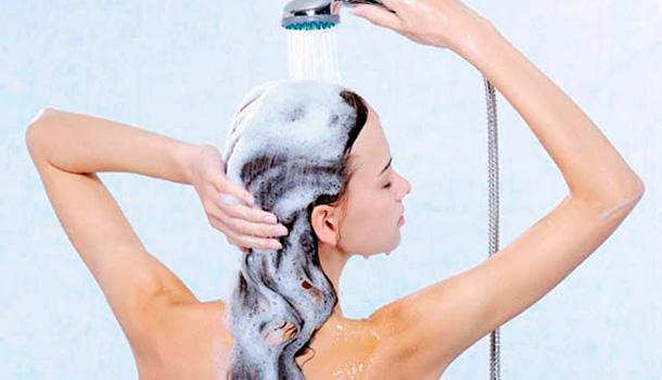 shampoo-anti-resíduos-percam-o-medo-2-desejos-de-beleza